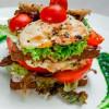 Сендвіч з куркою та томатами Vitamin Fitness Cafe