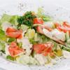 Салат с лососем Panda Sushi