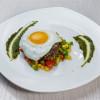 Біфштекс з яйцем і солодкою кукурудзою Vitamin Fitness Cafe