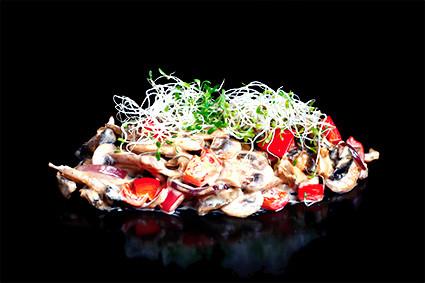 Рапаны с овощами в устричном-сливочном соусе Kioto Rich